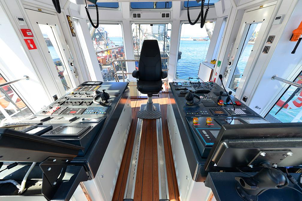Sanmar_Sirapinar_tugboat-2