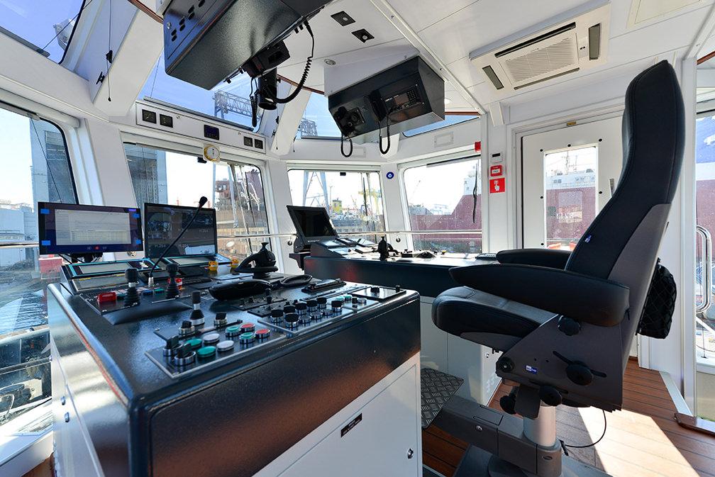 Sanmar_Sirapinar_tugboat-3